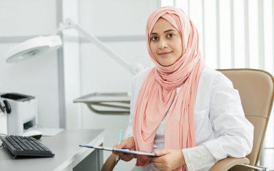 """Farida: """"Om discriminatie tegen te gaan, probeer ik juist mijn achtergrond zichtbaar te maken"""""""