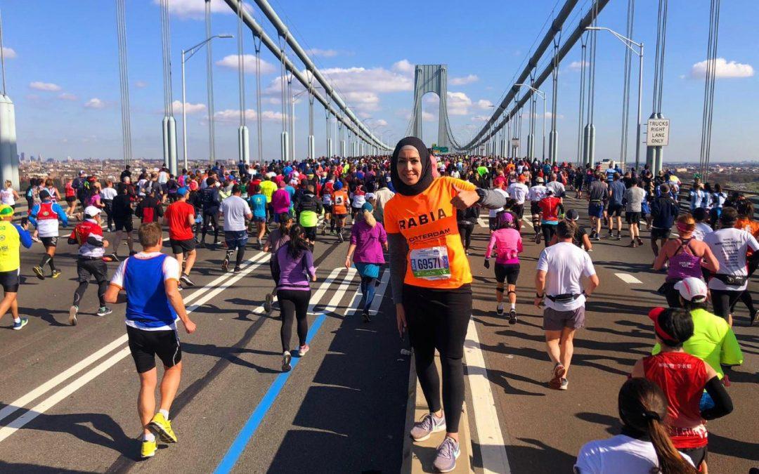 """Rabia Orhan: """"Als ik andere vrouwen met hoofddoek zie sporten, word ik blij!"""""""
